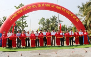 Khánh thành cầu Vĩnh Phúc liên xã Thanh Tân - Thạnh Ngãi