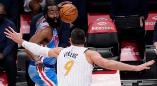 Cùng Kevin Durant liên tục Clutch, James Harden có triple-double ngay ngày ra mắt Nets