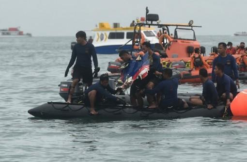 Boeing cử điều tra viên tìm hiểu nguyên nhân rơi máy bay ở Indonesia