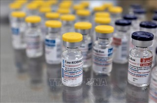 Nga thông báo vaccine thứ hai đạt hiệu quả tuyệt đối