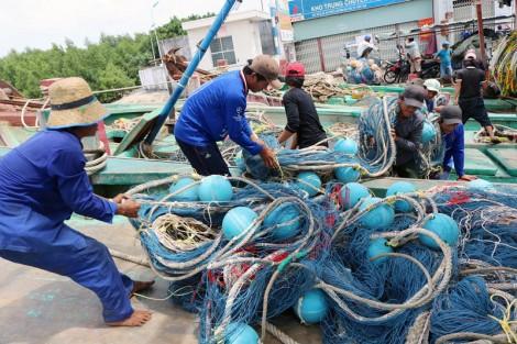 Kiên quyết ngăn chặn khai thác thủy sản bất hợp pháp