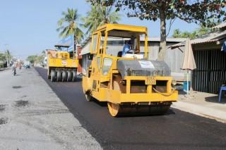 Nỗ lực hoàn thành công trình giao thông phục vụ Tết