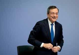 Tổng thống Italy trao quyền thành lập chính phủ cho cựu Chủ tịch ECB