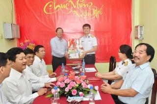 Bí thư Tỉnh ủy Phan Văn Mãi thăm, chúc Tết Công ty cổ phần Tân cảng Sài Gòn, Đồn Biên phòng Cửa Đại