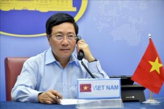 Phó Thủ tướng, Bộ trưởng Bộ Ngoại giao Phạm Bình Minh điện đàm với Ngoại trưởng Hoa Kỳ
