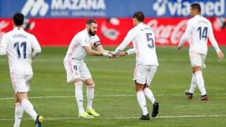 Varane lập cú đúp đưa Real lên nhì bảng
