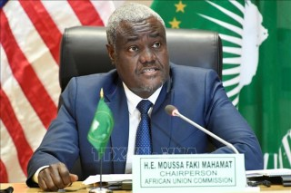 Chủ tịch Ủy ban AU Moussa Faki Mahamat tái đắc cử
