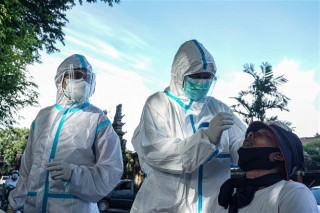 Thế giới trên 2,4 triệu ca tử vong, Liên hợp quốc kêu gọi G-20 dẫn dắt chương trình vaccine toàn cầu