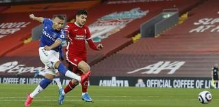 Liverpool thua trận thứ 4 liên tiếp ở Ngoại hạng Anh