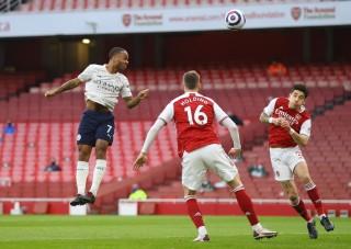 Đánh bại Arsenal, Man City thắng trận thứ 18 liên tiếp
