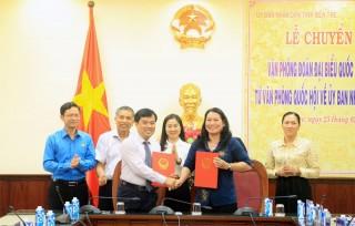 Chuyển giao Văn phòng Đoàn đại biểu Quốc hội tỉnh từ Văn phòng Quốc hội về UBND tỉnh Bến Tre
