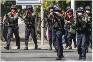 Biểu tình bạo lực tiếp diễn tại Myanmar, ít nhất 9 người thiệt mạng