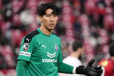 Để thủng lưới 3 bàn, CLB của Đặng Văn Lâm nhận trái đắng ở J.League