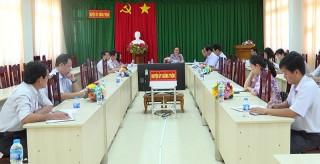 Giồng Trôm họp báo tình hình chuẩn bị công tác bầu cử