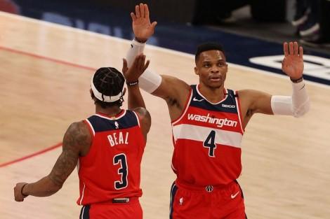Beal, Westbrook bùng cháy, Wizards lội ngược dòng trước Clippers