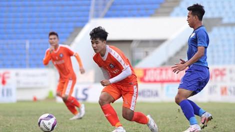 Đội hạng Nhất Quảng Nam đè bẹp ứng viên vô địch V.League