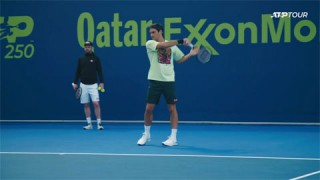 Federer gặp khó ở giải Qatar Open 2021