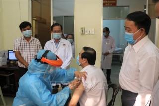 Các địa phương triển khai tiêm vaccine phòng COVID-19