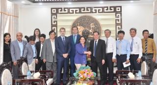 Chủ tịch UBND tỉnh tiếp và làm việc với Đoàn công tác Đại sứ quán Tây Ban Nha tại Việt Nam
