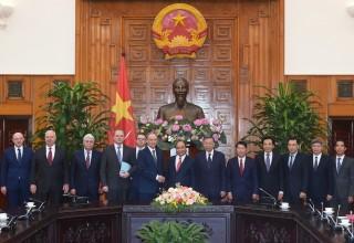 Thủ tướng cảm ơn Nga tặng Việt Nam lô vaccine Sputnik-V