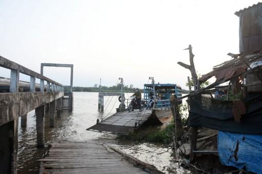 Tăng cường công tác quản lý bến khách ngang sông Thới Lai
