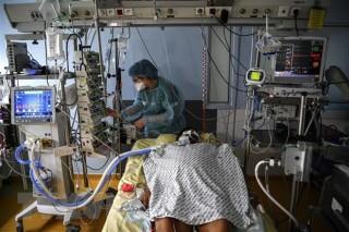 COVID-19: Châu Âu là khu vực đầu tiên ghi nhận hơn 1 triệu ca tử vong