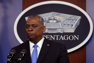 Bộ trưởng Quốc phòng Mỹ bất ngờ đến thăm Afghanistan