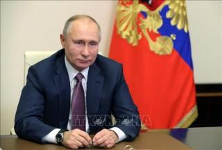 Tổng thống Nga kêu gọi người dân tiêm vaccine ngừa COVID-19
