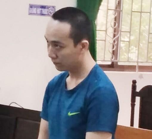 Trộm cắp tài sản, bị tòa phạt 18 tháng tù