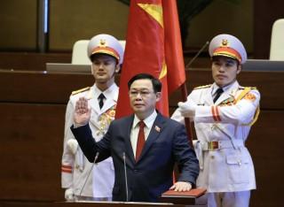 Tân Chủ tịch Quốc hội Vương Đình Huệ tuyên thệ nhậm chức