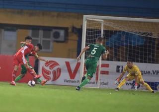 Viettel đè bẹp Sài Gòn FC trên sân nhà; Than Quảng Ninh, Thanh Hóa giành chiến thắng kịch tính