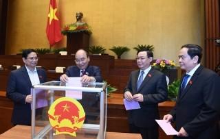 Miễn nhiệm Phó chủ tịch nước Đặng Thị Ngọc Thịnh và 5 ủy viên Ủy ban Thường vụ Quốc hội