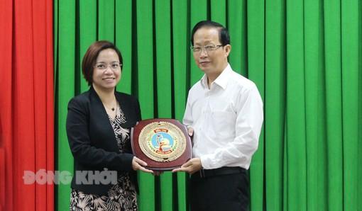 Phó chủ tịch Thường trực UBND tỉnh tiếp và làm việc với tổ chức Đông Tây Hội Ngộ