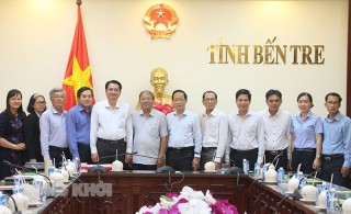 Phó chủ tịch Thường trực UBND tỉnh tiếp và làm việc với đoàn công tác tỉnh Trà Vinh