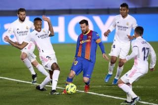 Real hạ Barca tạm chiếm ngôi đầu La Liga