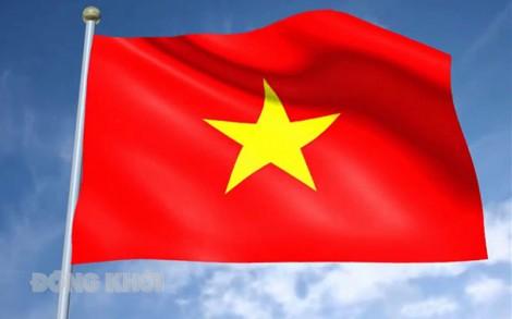 Treo cờ Tổ quốc và lịch nghỉ các ngày lễ