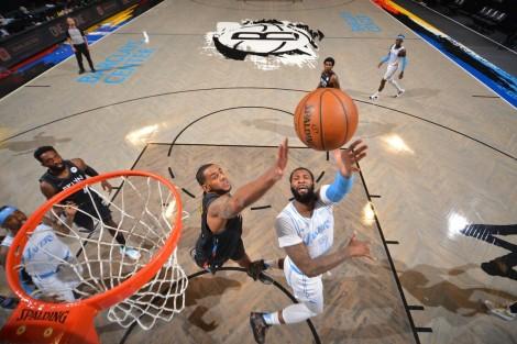 Kyrie Irving bị đuổi khỏi sân, Lakers hạ gục Brooklyn Nets