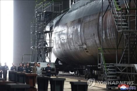Triều Tiên đã hoàn thành đóng một tàu ngầm mới 3.000 tấn