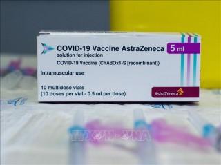 Astrazeneca thảo luận tích cực với EU về tranh cãi vaccine