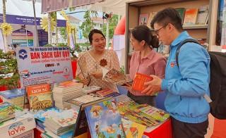 Thư viện Nguyễn Đình Chiểu gây quỹ phòng chống Covid-19