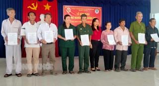 Hội Cựu chiến binh tỉnh trao 9 nhà Nghĩa tình đồng đội cho hội viên nghèo