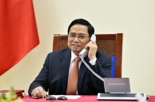 Thủ tướng Chính phủ Phạm Minh Chính điện đàm với Thủ tướng Singapore Lý Hiển Long
