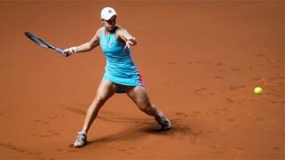 Tay vợt số một thế giới Ashleigh Barty ngược dòng vào bán kết Stuttgart Open 2021