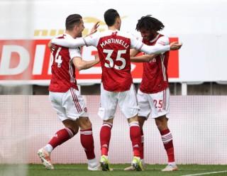 Cắt mạch không thắng, Arsenal leo lên xếp thứ 9