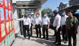 Bí thư Tỉnh ủy Phan Văn Mãi kiểm tra công tác bầu cử