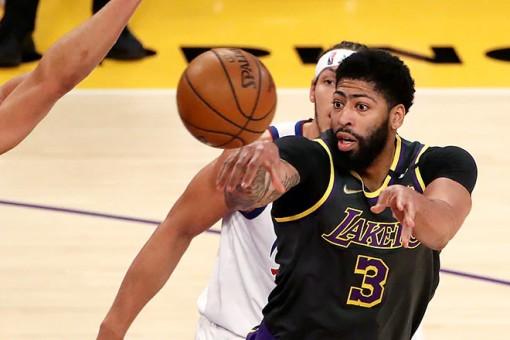 Marc Gasol cùng Anthony Davis hồi sinh, Lakers thắng nghẹt thở Denver Nuggets