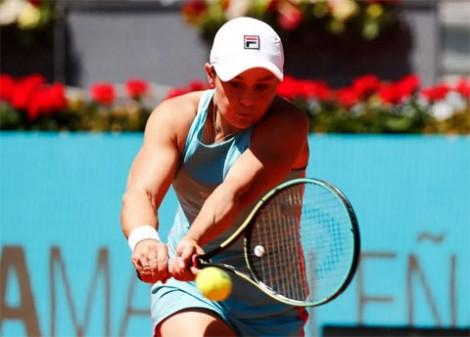 Ashleigh Barty lần đầu vào bán kết Madrid Open