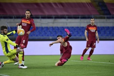 Chủ nhà hiên ngang rời giải, Villarreal vào chung kết Europa League