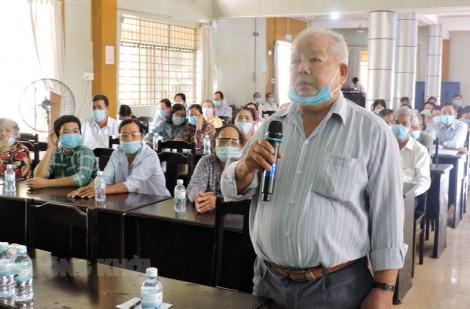 Ứng viên đại biểu Quốc hội khóa XV tiếp xúc cử tri các huyện