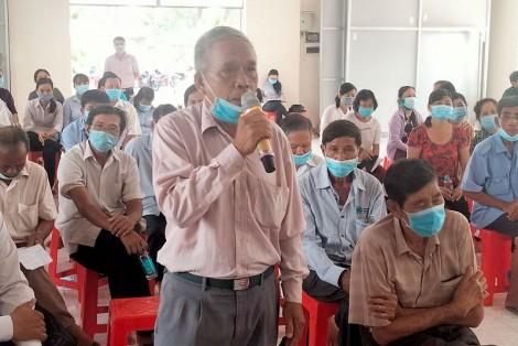 Ứng cử viên đại biểu Quốc hội khóa XV và đại biểu HĐND tỉnh Bến Tre tiếp xúc cử tri